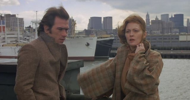 Tommy Lee Jones and Faye Dunaway